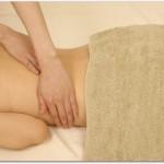 腰痛は寝るときにバスタオルを使うと良い?寝返りの際に腰を守り腰への負担を減らすので改善が早まるかもしれない?