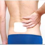 腰痛時のモーラステープの貼り方とは?1日1回患部に直接貼ることで鎮痛作用をもたらすが長期にわたる使用や一度に沢山使用すると副作用がある?