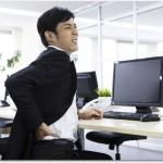 腰痛は疲れから来てしまう原因とは?運動をせず血行が悪くなるとそこに疲労が加わり腰痛になってしまいます。