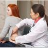 腰痛は肝臓の炎症によって起こるの?腰に重だるい痛みが続きました。