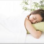 腰痛時の寝方はうつ伏せが良い?腰への負担がかかりやすいので止めましょう!