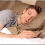 腰痛を緩和する寝方は?私は仰向けや横向きで痛みが軽減されました。