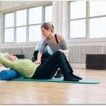 高齢者の腰痛のリハビリ方法は?3つのステップがあり必要な指導を受けよう