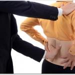 腰痛ベルトで腰の痛みが悪化する?腹筋や背筋の筋力が落ちて痛くなるから?