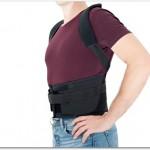 腰痛ベルトは服の上から?それとも直接着用?薄い服の上からが良い?