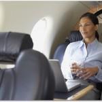 飛行機に乗る際の腰痛ベルトの効果は?ソフトなものを選び腰痛予防しましょう