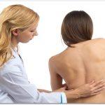 腰椎側弯症の原因は?効果があった治療方法やストレッチはこれ。