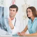 側弯症から椎間板ヘルニアに?ピリピリとジンジンする痛みの治療は?