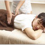 腰痛の原因は骨が神経に当たるから?介護の仕事をしてます。